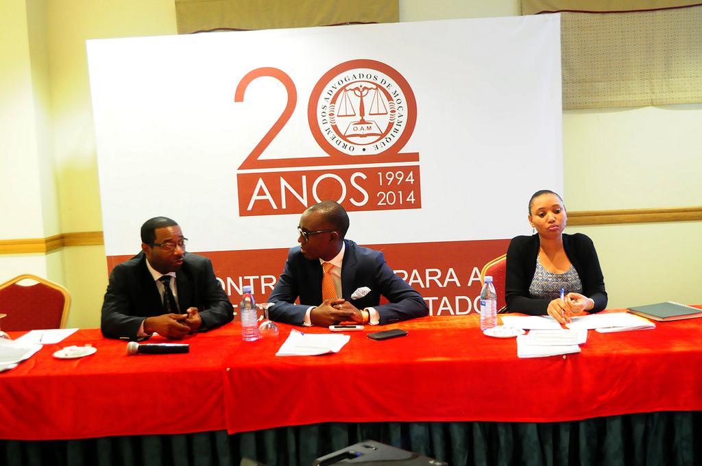 Debate mensal-19.06.2014